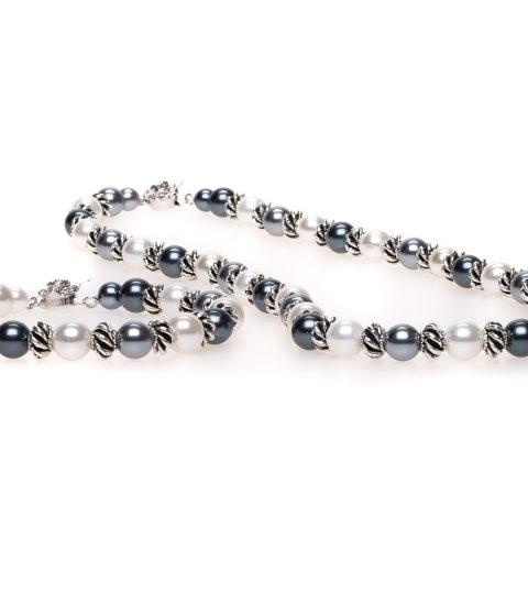 Winter Pearl Necklace & Bracelet